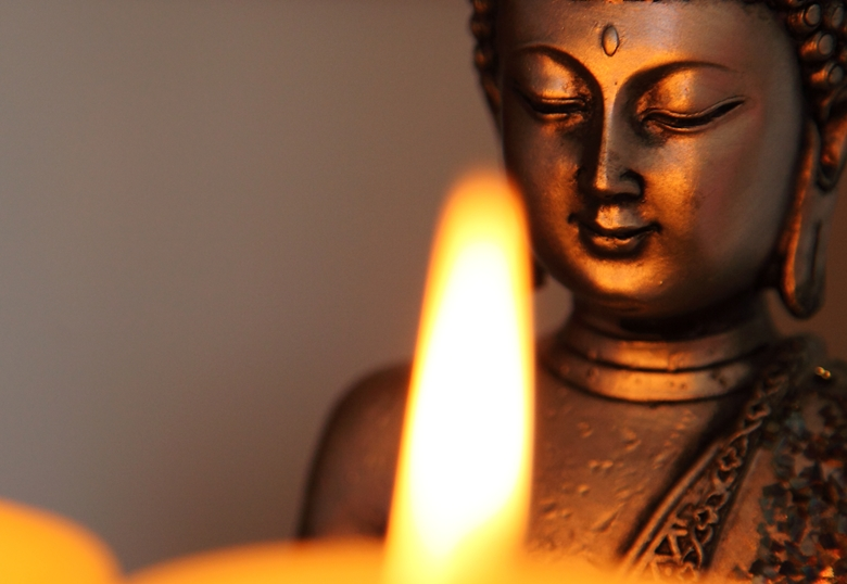 buddhism-and-candles